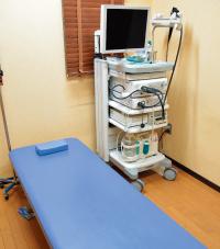 心電図や内視鏡検査、手術などを行う処置室