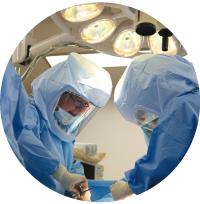 術中靭帯バランスも計測しながら正確な手術を実践
